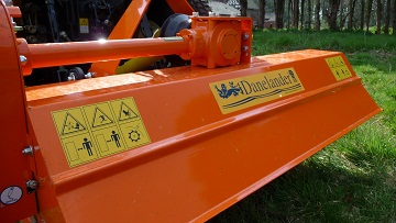 FLAIL MOWERS/SHREDDERS (REAR MOUNTED AND SIDE ARM)