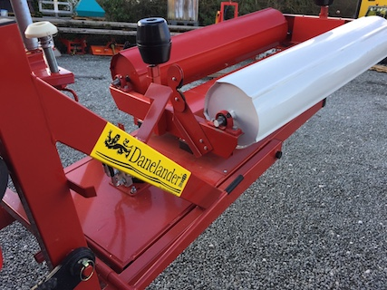 MIDI BALE WRAPPER (HIGH SPEED) Tractor PROPELLED